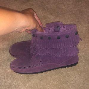 minnetonka purple fringe boots